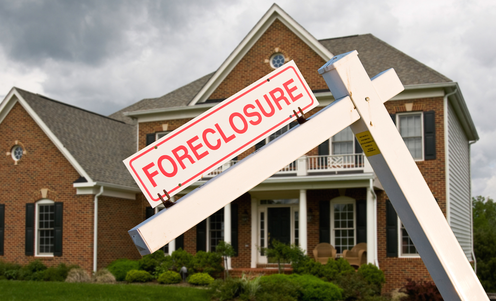 CFPB hits Fay Servicing with $1.15 million fine for illegal foreclosure practices