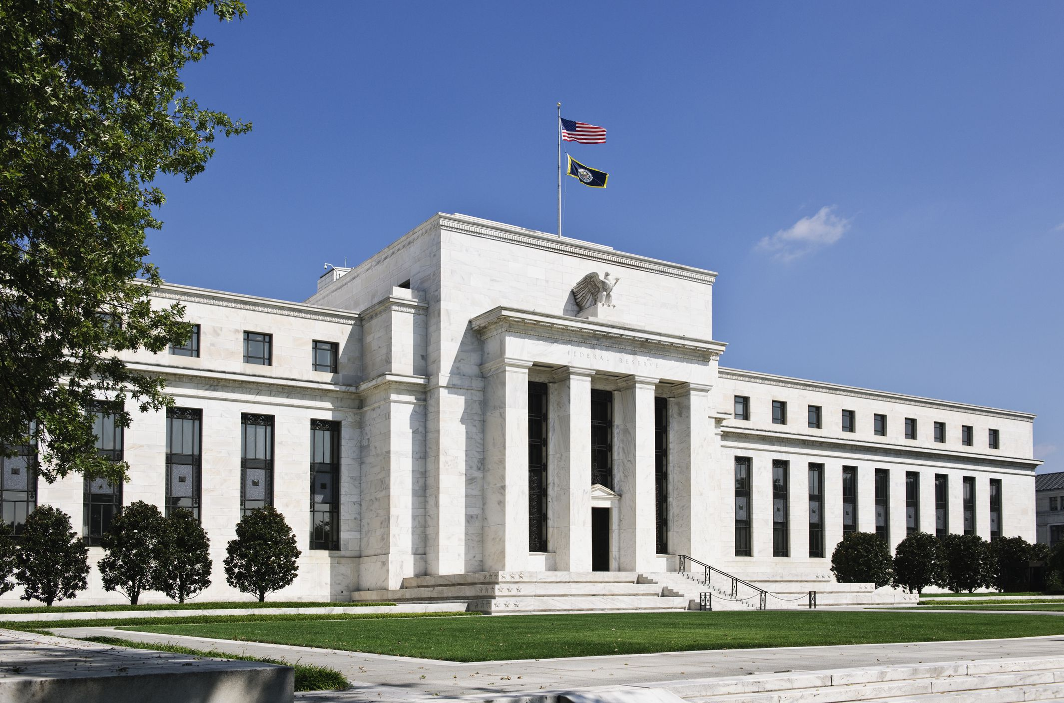 Current Federal Reserve Interest Rates and Why They Change