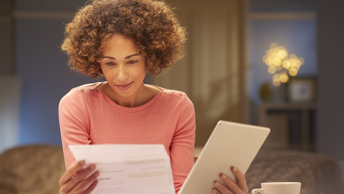 woman comparing usda and fha loans