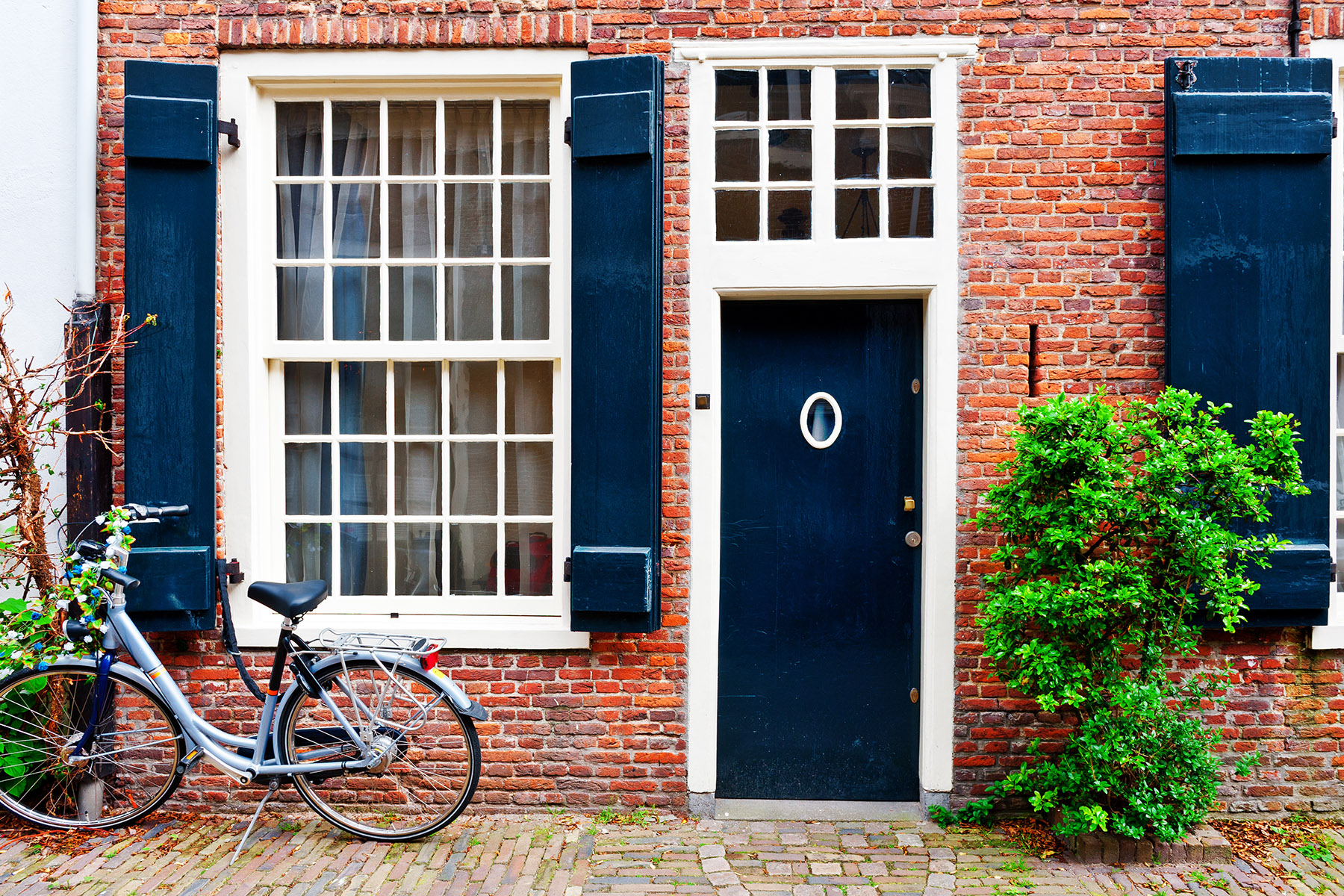 Mortgages in the Netherlands: rates and brokers