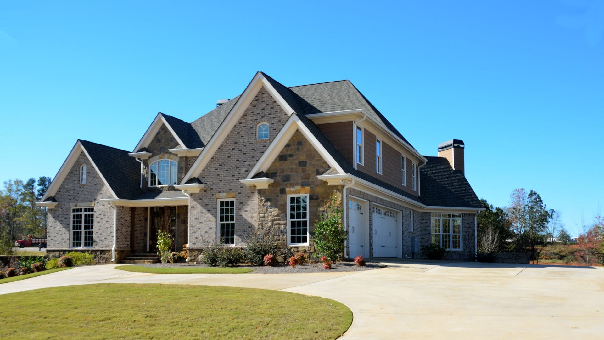 FHA vs Conventional: Which Low-Down-Payment Loan is Best?