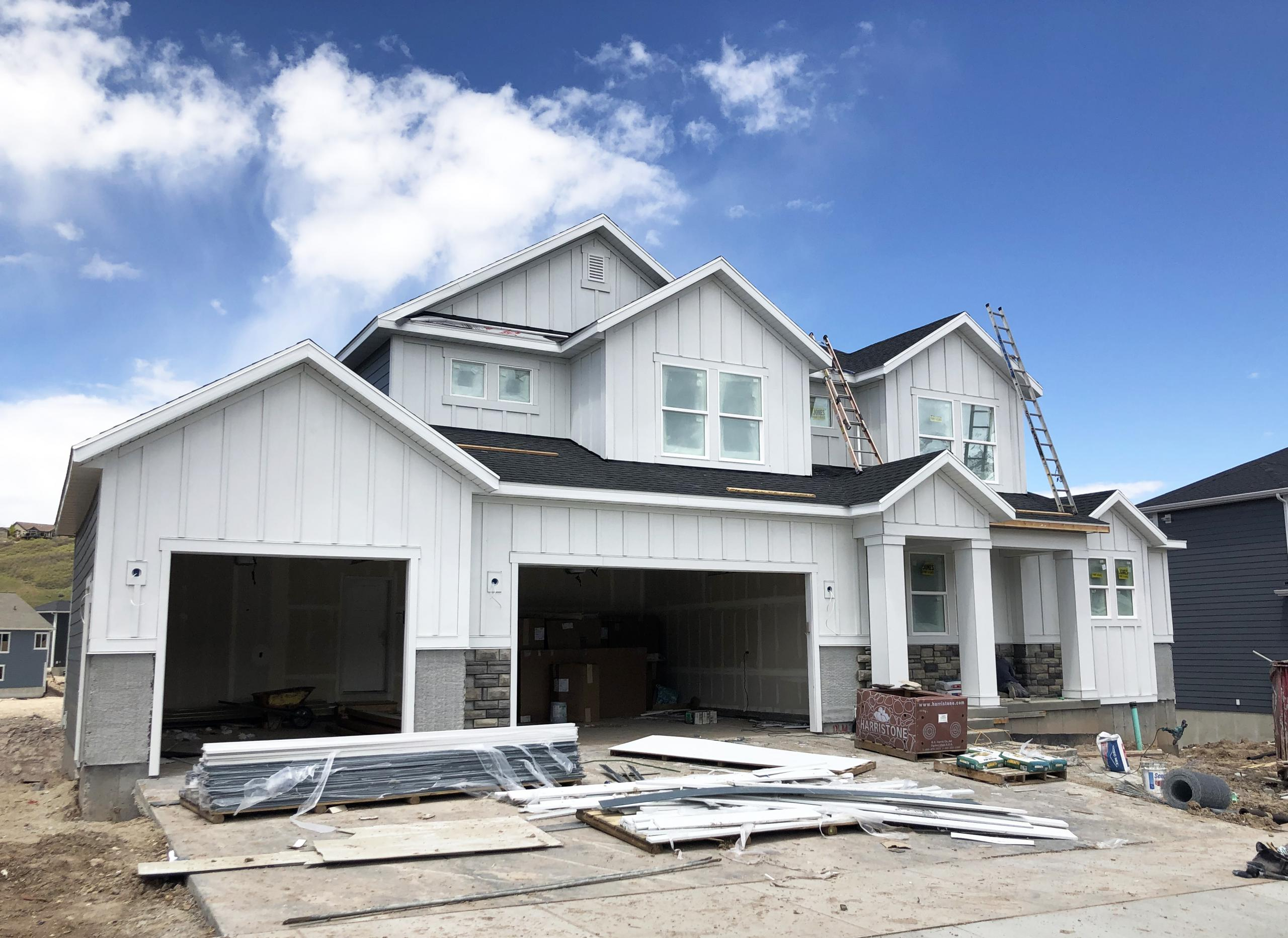 Can You Build a Home With an FHA Loan?