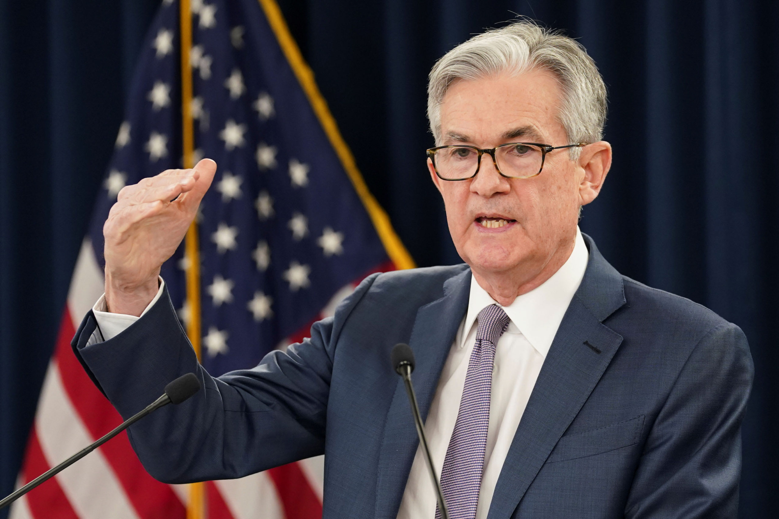 Fed sees interest rates staying near zero through 2022, GDP bouncing to 5% next year