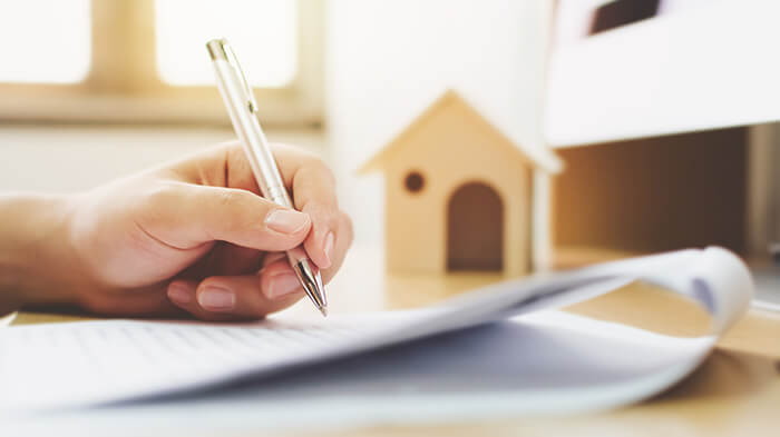 What's a mortgage settlement in precept?