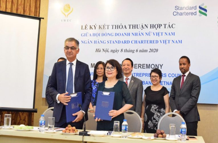 Partnership program between Vietnam Girls Entrepreneurs Council and Customary Chartered Financial institution on monetary help for women-owned companies